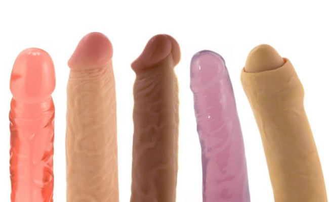 5 Things You Should Know Before Buying Your First Dildo